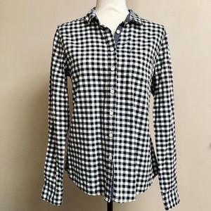 Joe Fresh gingham plaid buttondown shirt